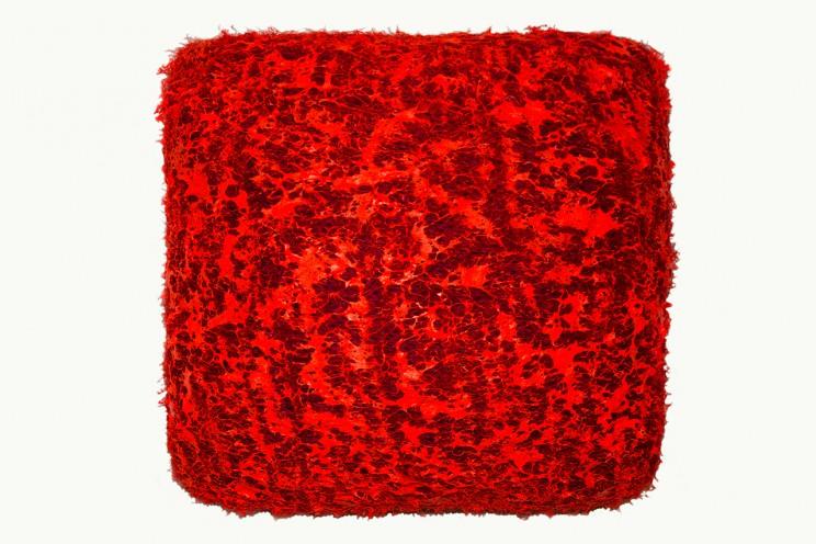 """flat jack """"das schlimmste kommt noch"""" - strickgewebe, acryl auf leinwand, gepolstert - 40 x 40 x 20 cm"""