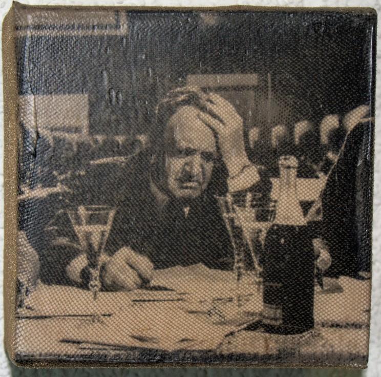 """""""der wein"""" - acryl, papier, gewebe auf leinwand - 10 x 10 x 4 cm"""