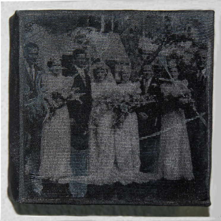 """the virgin suicides"" - acryl, papier, gewebe auf leinwand - 10 x 10 x 4 cm"