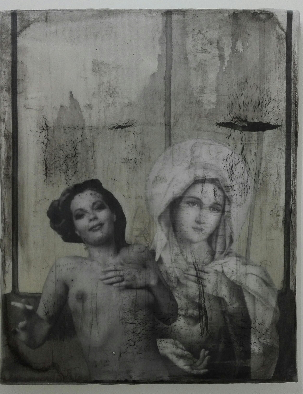 """leaving empty spaces"" - acryl, papier, kunstharz auf leinwand - 30 x 24 cm"