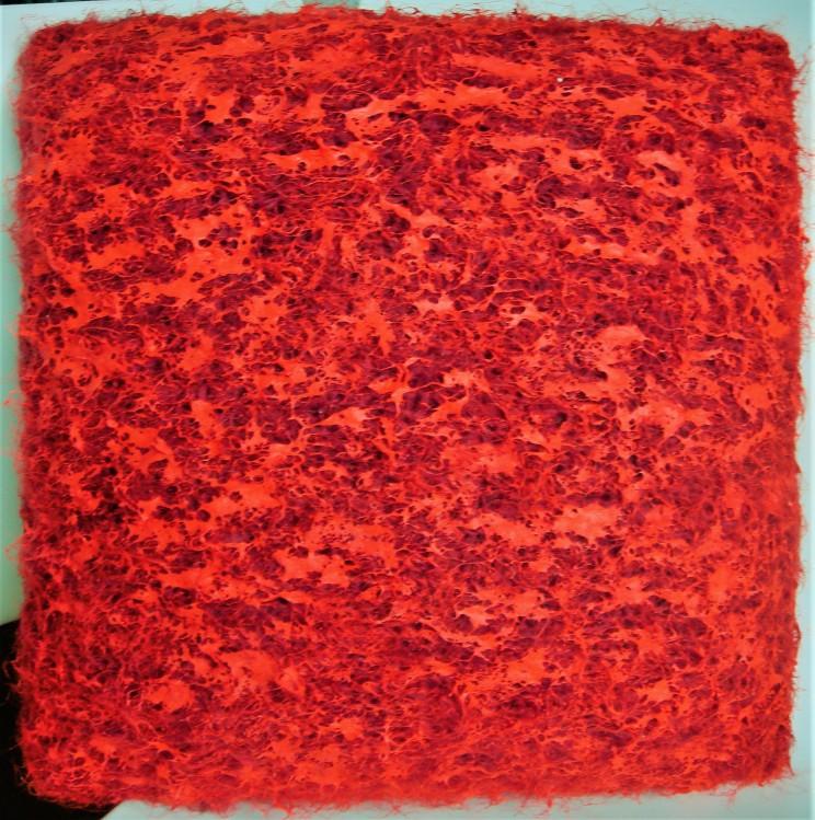 "flat jack ""mutter wo ist das messer"" - strickgewebe, acryl auf leinwand, gepolstert - 40 x 40 x 12 cm"