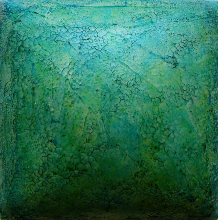 "flat jack ""you were never mine"", 2014, gewebe, acryl, kunstharz auf leinwand, gepolstert, 30 x 30 x 10 cm"