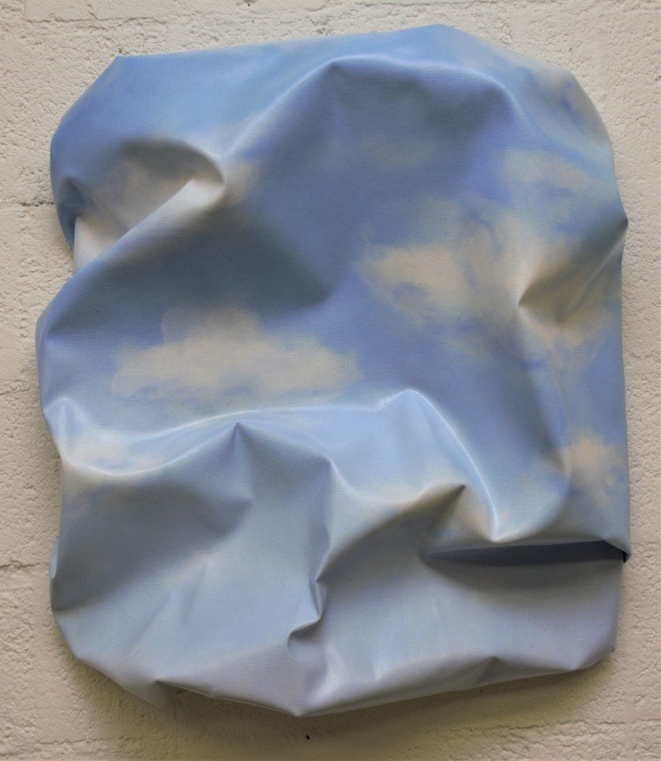 "newton ""and also the clouds"", 2014, gewebe, acryl, kunstharz auf leinwand, 50 x 45 x 15 cm"