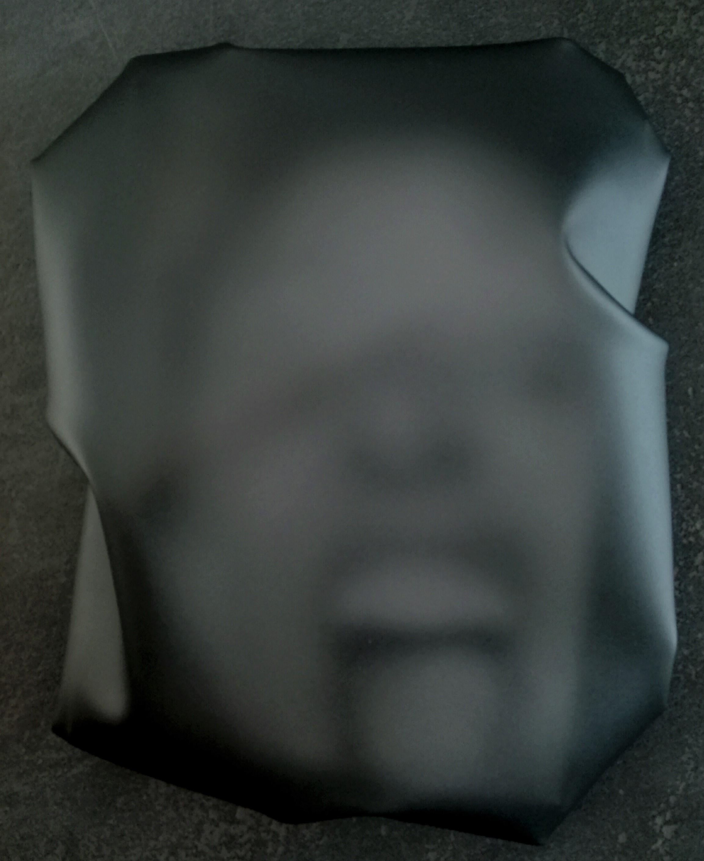 """newton air """"sp 9"""", 2018, folie, acryl, auf leinwand, 32 x 24 x 9 cm"""