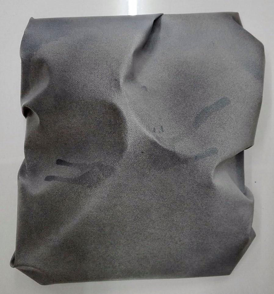 """newton """"o.t."""", 2017, gewebe, acryl, kunstharz auf leinwand, 25 x 28 x 9 cm"""